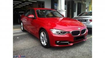 BMW 320I 02