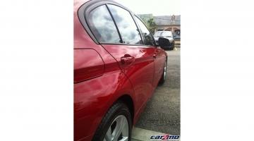 BMW 320I 06