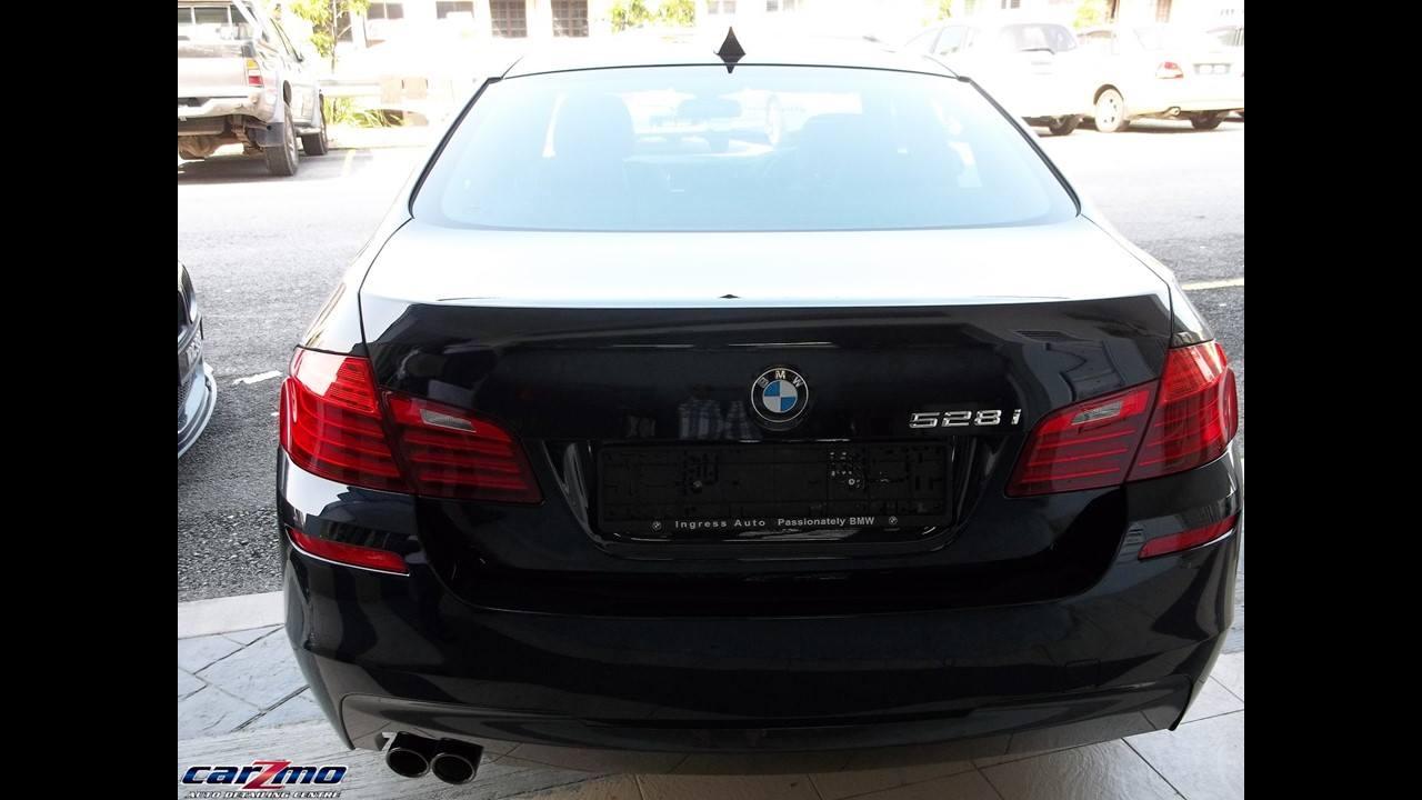 BMW 528I F10 07