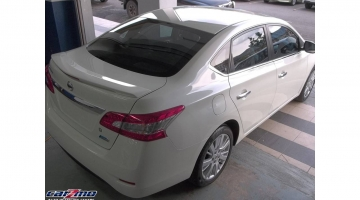 NISSAN SYLPHY 09